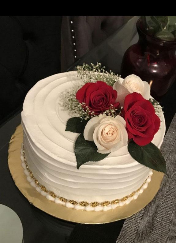 Cake with Fresh Flower