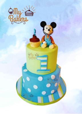 Cute Mickey Mouse Cake