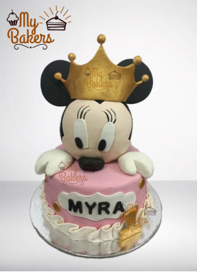 Cute Minnie Mouse Fondant Cake