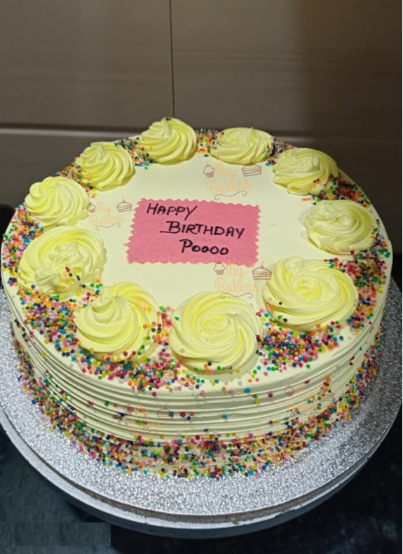 Glamour Yellow Cream Cake