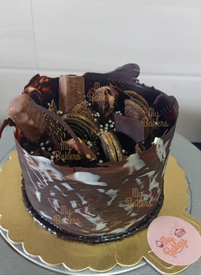 Chocolate Bucket Cake