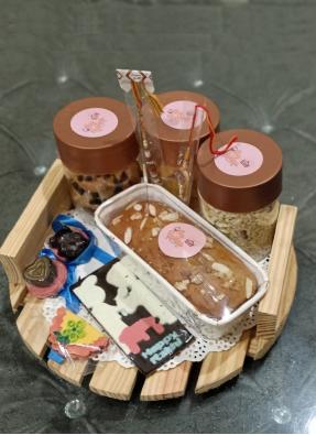 Gift Wooden Serving Rakhi Tray