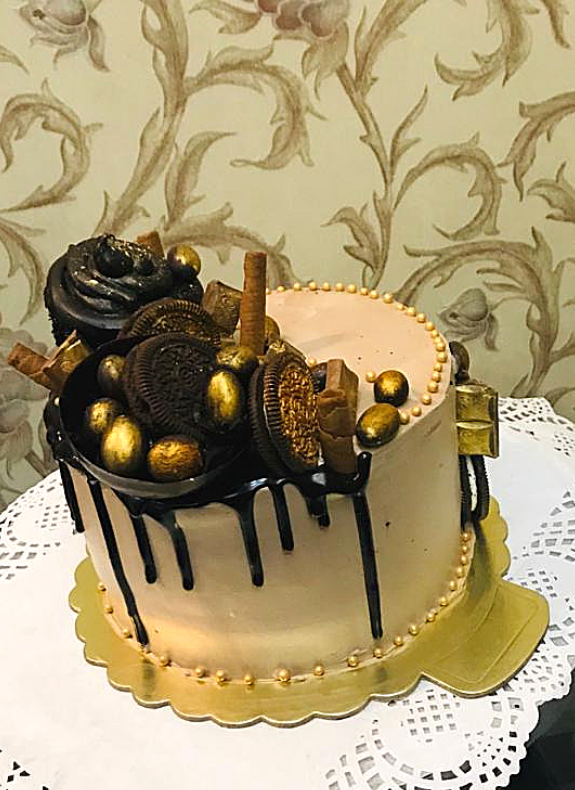 Chocolate Mousse Cake Gold Effect