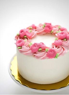 Cake with Flower Design