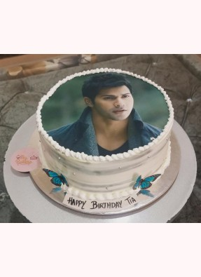 Exclusive Varun Dhavan Photo Cake